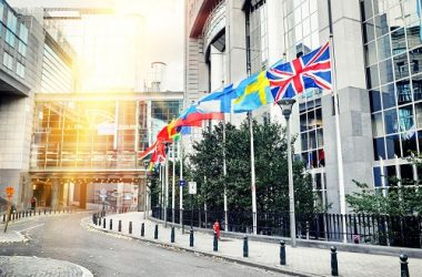 Quarter Of Young Brits More Likely To Emigrate Due To Brexit