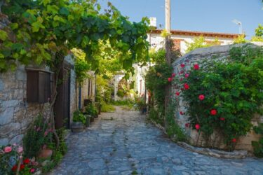 Cyprus Investing To Draw In Wealthy Expats